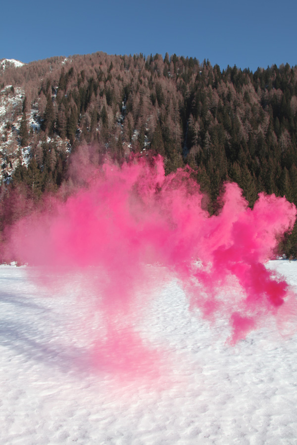 filippo minelli colored smoke photograph
